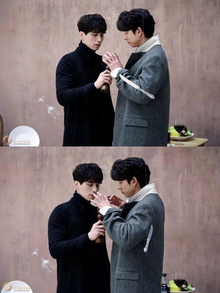 Tử thần Lee Dong Wook và yêu tinh Gong Yoo lần đầu tiết lộ tin nhắn thân thiết, người 'gửi cả trái tim' kẻ đáp lại phũ phàng Ảnh 1