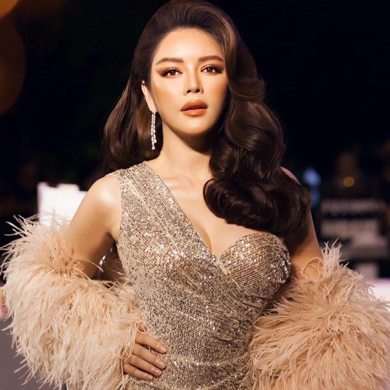 Giàu có, xinh đẹp nhưng vẫn ế, Lý Nhã Kỳ 'nôn nóng tuyển chồng' nhất trong dàn mỹ nhân Việt Ảnh 1