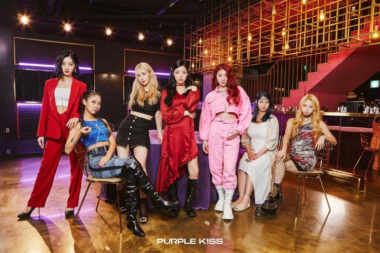 Purple Kiss – Nhóm nhạc em gái MAMAMOO chính thức chào sân Kpop với MV mang tựa đề lạ Ảnh 2