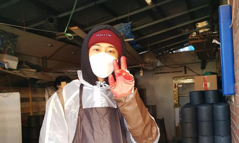 B.I comeback, tất cả lợi nhuận và phí bản quyền của album sẽ được làm từ thiện Ảnh 2