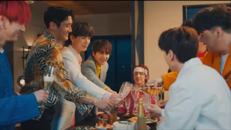 """Album đánh dấu chặng đường 15 năm của """"Ông hoàng Hallyu"""" Super Junior đạt thành tích đáng nể Ảnh 2"""