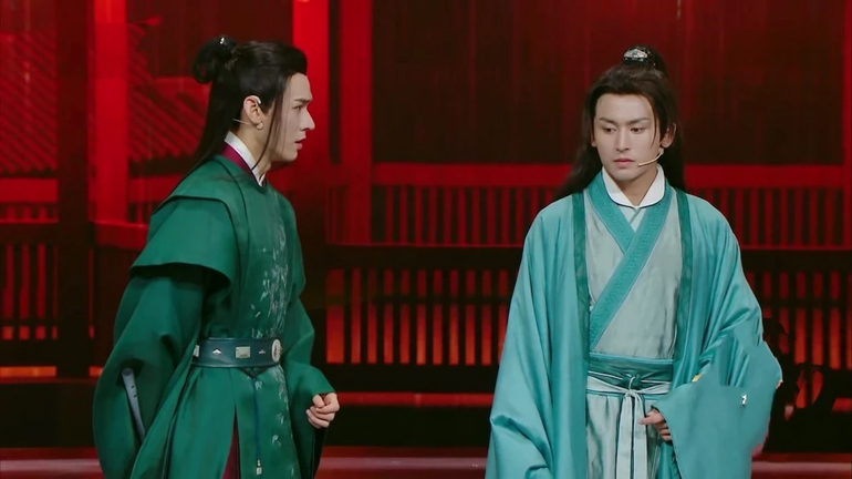 Dù Sơn hà lệnh hot như thế nhưng Cung Tuấn - Trương Triết Hạn vẫn bị phớt lờ trong show Vương bài Ảnh 2