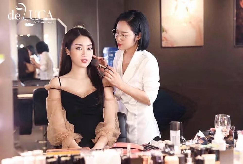 Chuyên gia trang điểm Tâm Tâm: 'Makeup ví như hội hoạ, là 'cuộc chơi' với màu sắc' Ảnh 4