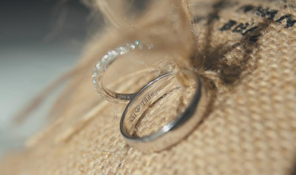 Đông Nhi – Ông Cao Thắng chia sẻ kỷ niệm một năm về chung nhà bên chiếc nhẫn cưới Wedding Land Ảnh 2
