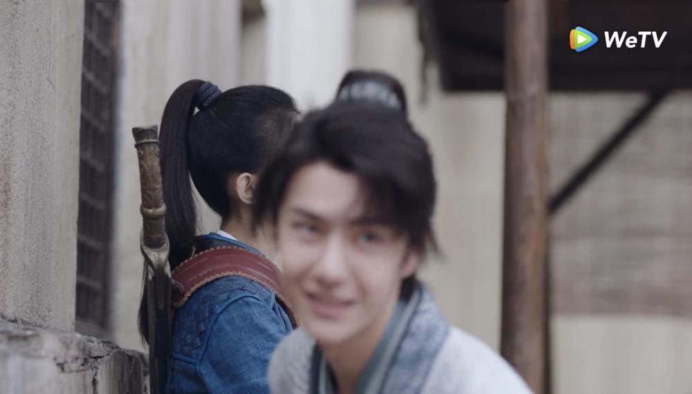 Fan Việt bấn loạn với cảnh hôn sáng tạo của Vương Nhất Bác - Triệu Lệ Dĩnh trong 'Hữu Phỉ' Ảnh 10