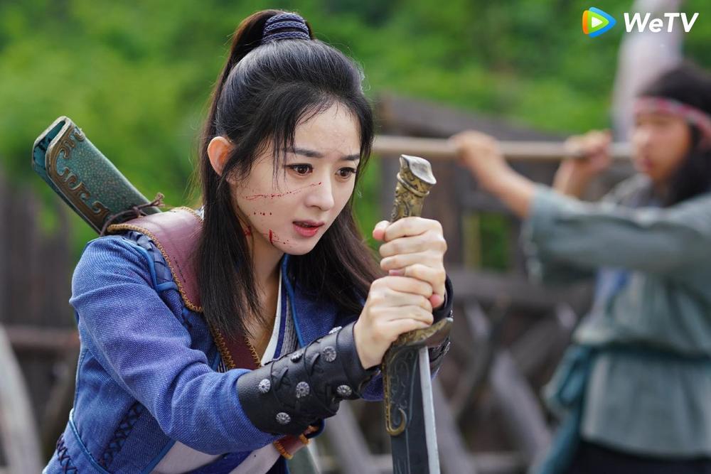 Fan Việt bấn loạn với cảnh hôn sáng tạo của Vương Nhất Bác - Triệu Lệ Dĩnh trong 'Hữu Phỉ' Ảnh 17