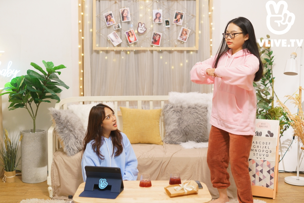 'Chill Baby Chill' tập 2: Phương Mỹ Chi 'hi sinh' mái tóc bết để làm nổi bật chủ nhà Cara Ảnh 5