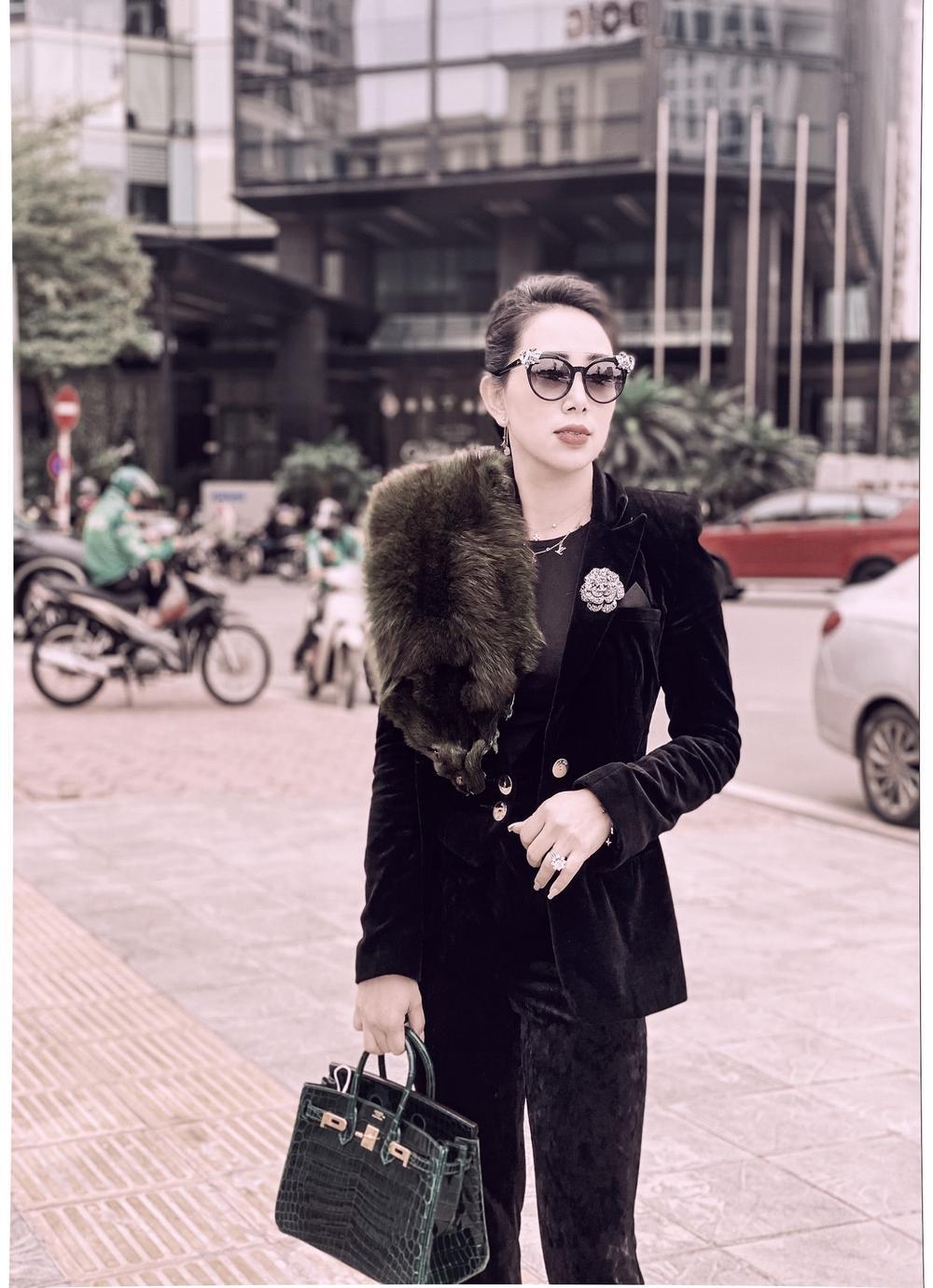 Phạm Quỳnh - Nữ doanh nhân sở hữu gout thời trang ấn tượng không kém fashionista Ảnh 8