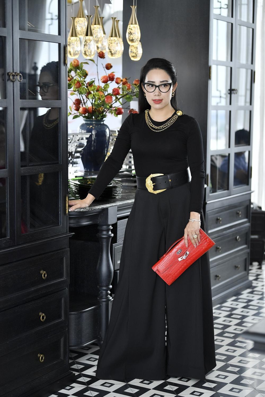 Phạm Quỳnh - Nữ doanh nhân sở hữu gout thời trang ấn tượng không kém fashionista Ảnh 2
