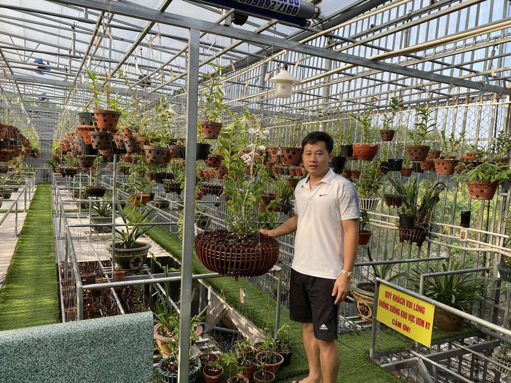 Thầy giáo Phạm Thăng Bằng sở hữu vườn lan giá trị với hơn 10.000 chậu Ảnh 5