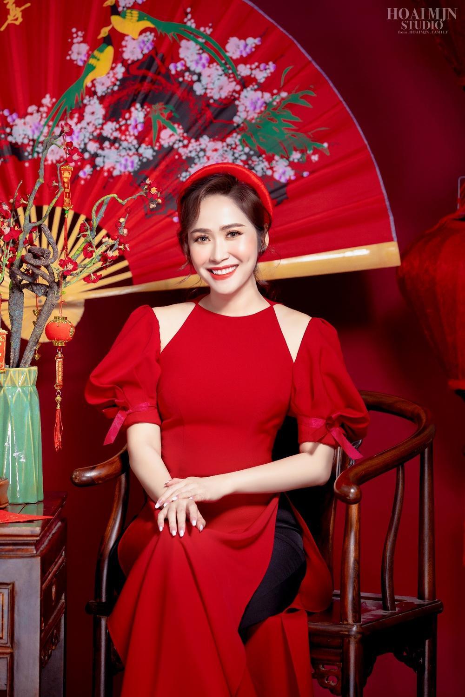 CEO Thảo Nguyên cho biết: Ngày Tết, mặc lên mình chiếc áo dài Việt Nam Ảnh 1