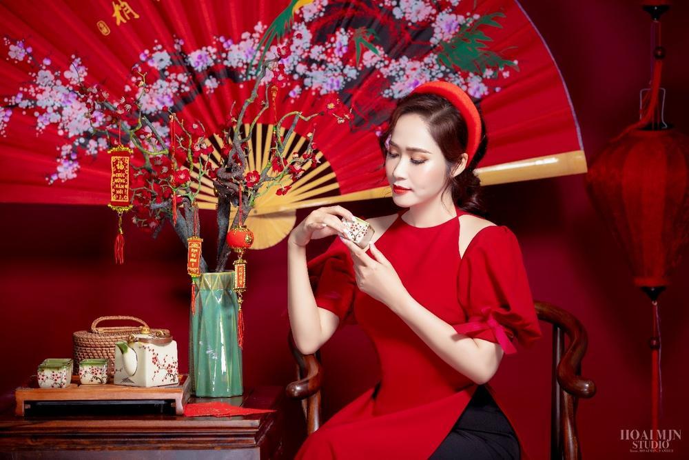 CEO Thảo Nguyên cho biết: Ngày Tết, mặc lên mình chiếc áo dài Việt Nam Ảnh 2