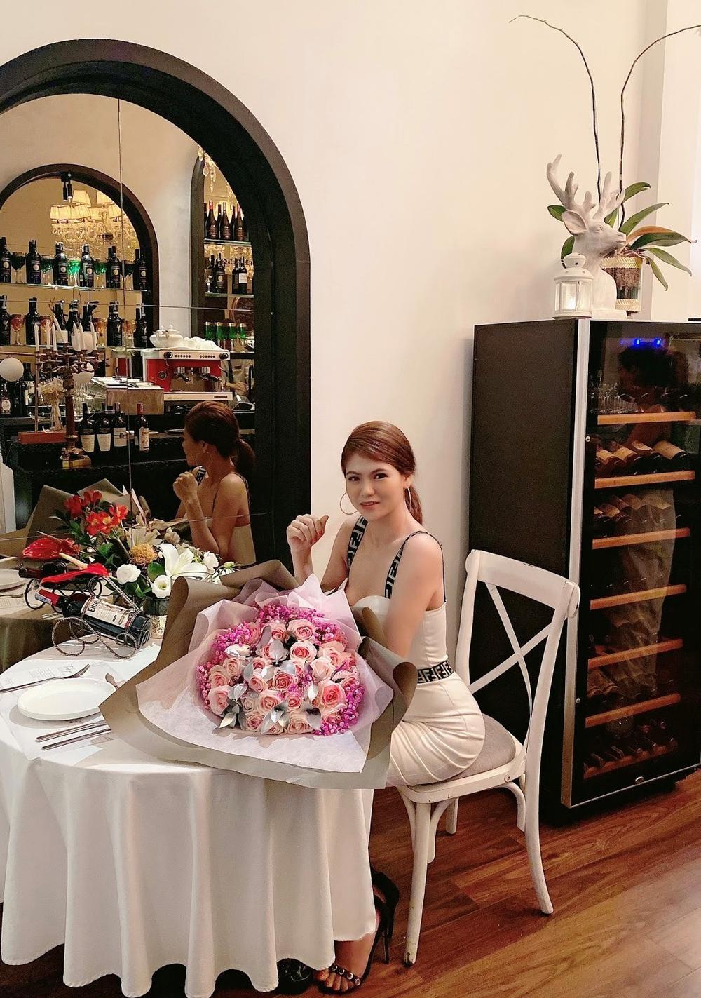 Hoài Vân - Nữ doanh nhân ngành y sở hữu hơn triệu fan hâm mộ Ảnh 3