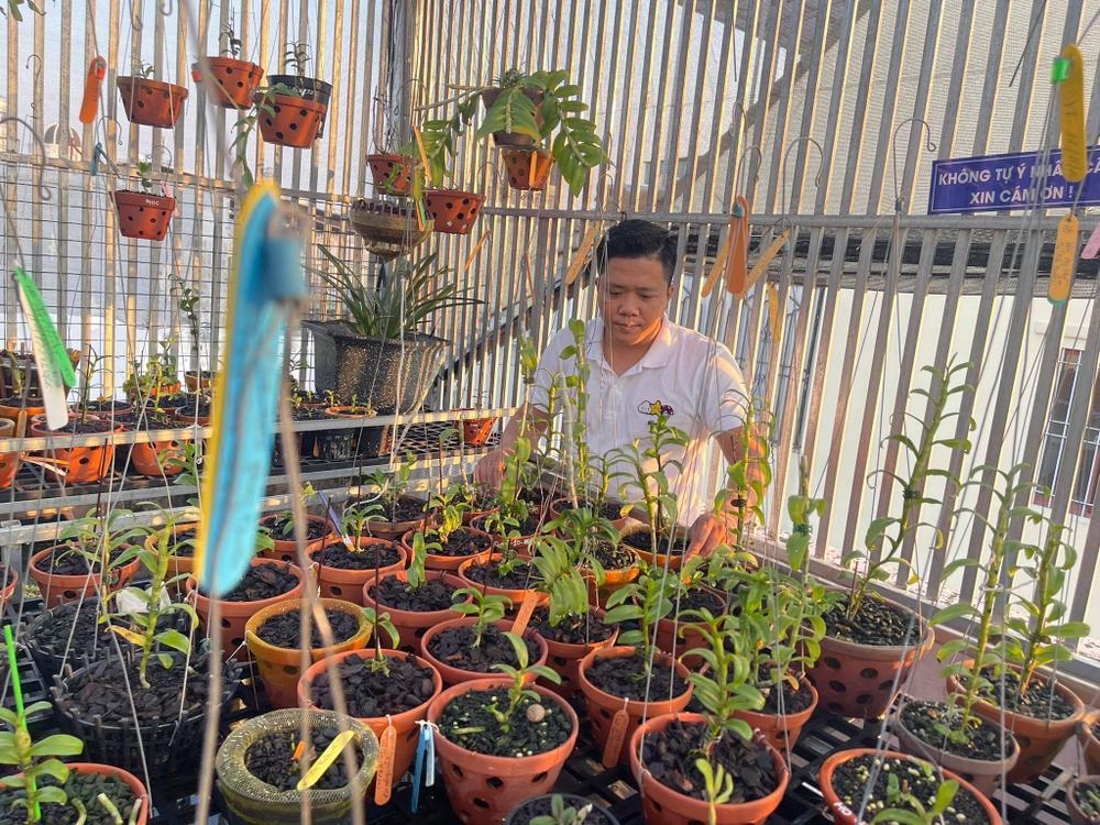 Ông chủ vườn lan Diệp Minh Tuyền: 'Tay ngang' lại thành công sớm Ảnh 7
