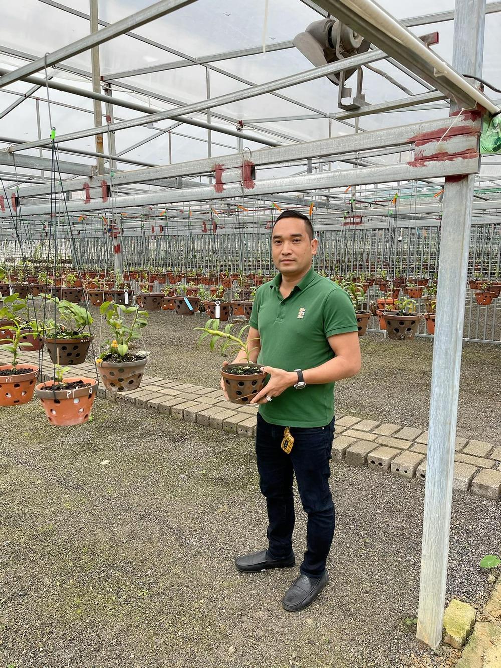 Chặng đường trở thành ông chủ vườn lan nổi tiếng của chàng trai 8X Nguyễn Tiến Huy Ảnh 2