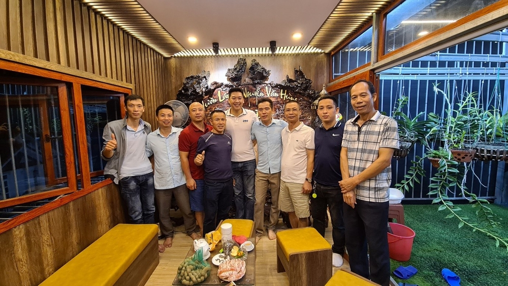 Ông chủ vườn lan Nguyễn Văn Hùng chia sẻ về thú chơi lan Ảnh 3