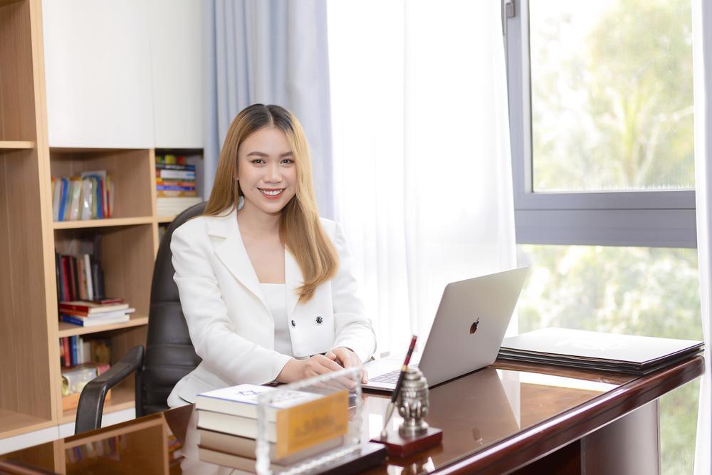 CEO Trần Thị Cẩm Thu chia sẻ bí quyết kinh doanh thời trang thành công Ảnh 2