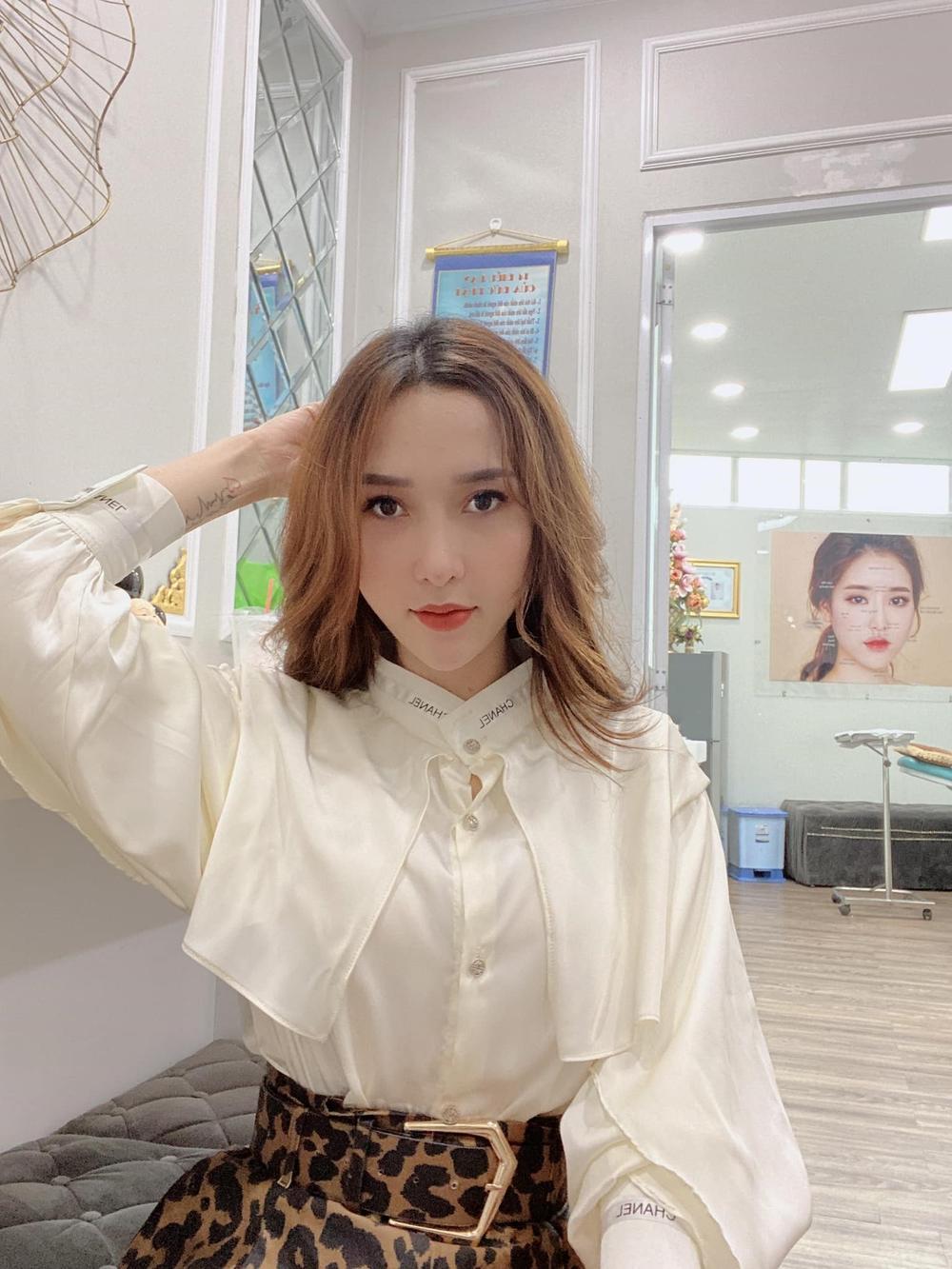 Nguyễn Hồng Boutique tái thiết lập thương hiệu Nguyễn Hồng Store Ảnh 2
