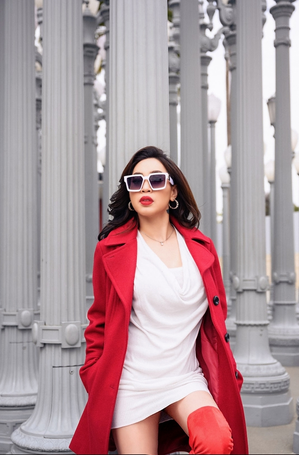 Hoa hậu Nguyễn Ngọc Quỳnh quyến rũ nhưng không kém phần thanh lịch trong bộ ảnh thời trang mùa đông Ảnh 7