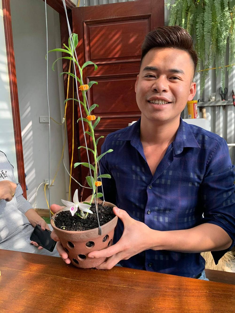 Ông chủ vườn lan 8X Trung Dũng: Chàng trai trồng lan đột biến khó chăm hiếm tìm ở Hà Nam Ảnh 6