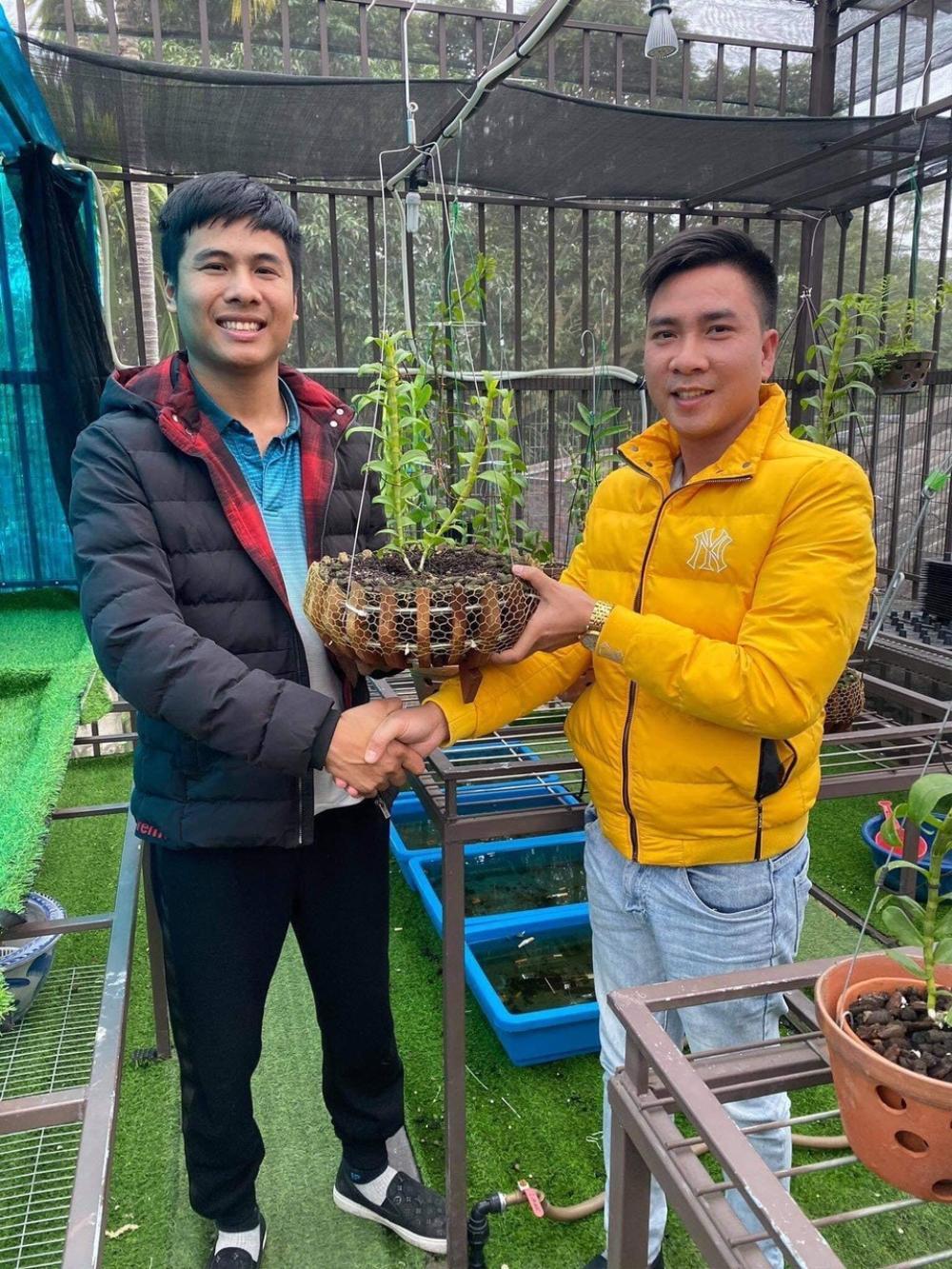 Nghệ nhân trồng lan Tạ Văn Hiệp: Cây lan lớn lên chỉ bằng tình yêu thực sự Ảnh 3