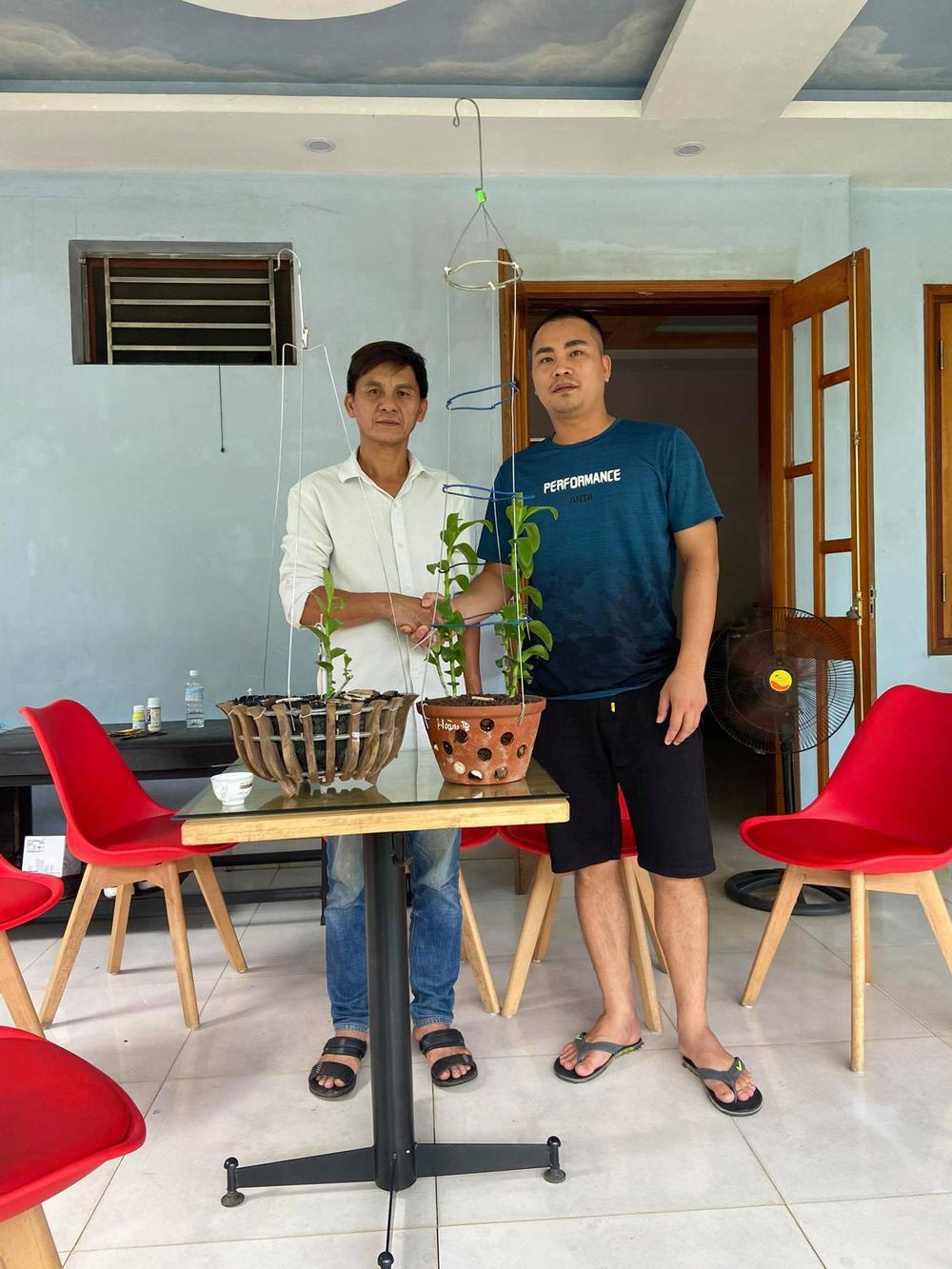 Ông chủ vườn lan Huỳnh Long và mối cơ duyên đặc biệt với hoa lan Ảnh 4