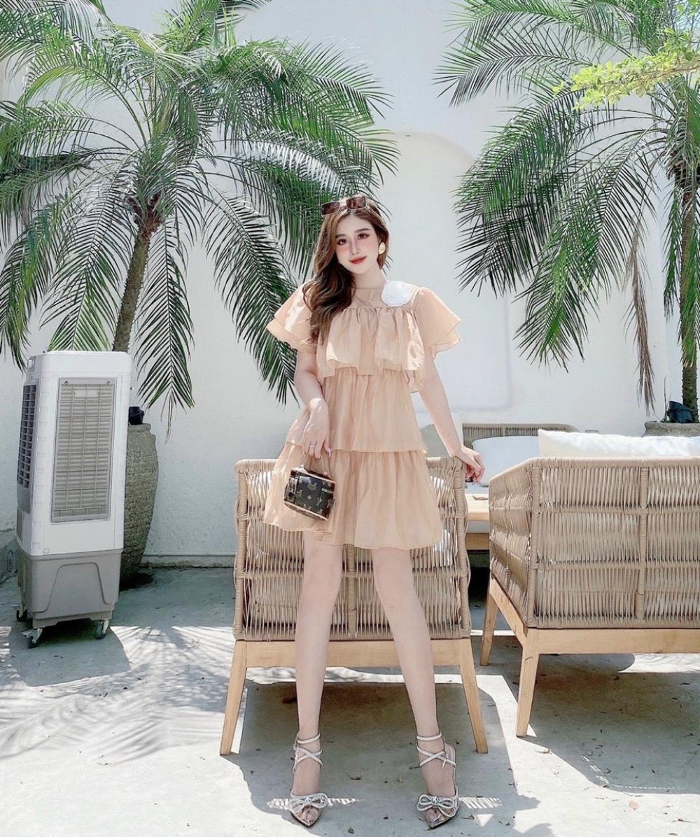 Molady Fashion – Thương hiệu thời trang tôn vinh nét đẹp hình thể người phụ nữ Ảnh 2