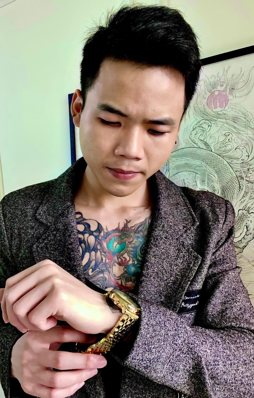Quang Hải Tattoo – người 'thổi hồn' vào mỗi hình xăm rắc cát Ảnh 3