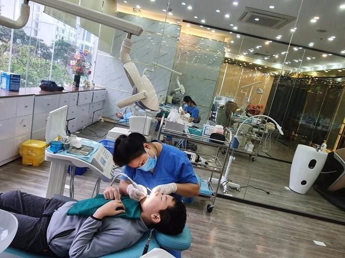 Hoàng Hường – Răng sứ: Thương hiệu nổi tiếng trong giới nha khoa Ảnh 4