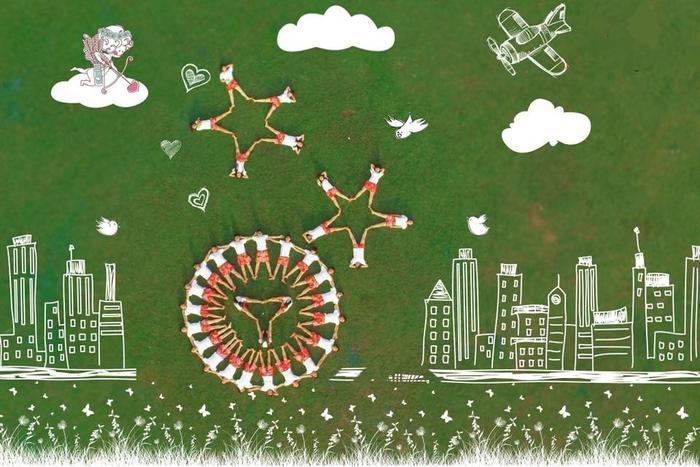 Tạo hình ấn tượng qua góc flycam cùng Kỷ yếu Sài Gòn Ảnh 6