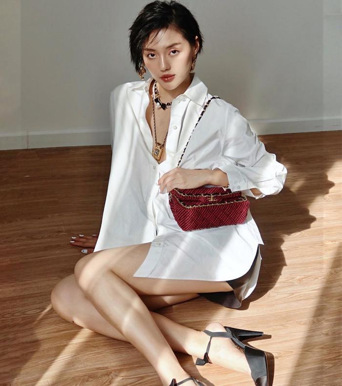 Dàn mỹ nhân Việt khoe khéo eo thon trong kiểu pose tưởng đơn giản nhưng lại thần thái không ngờ này Ảnh 6