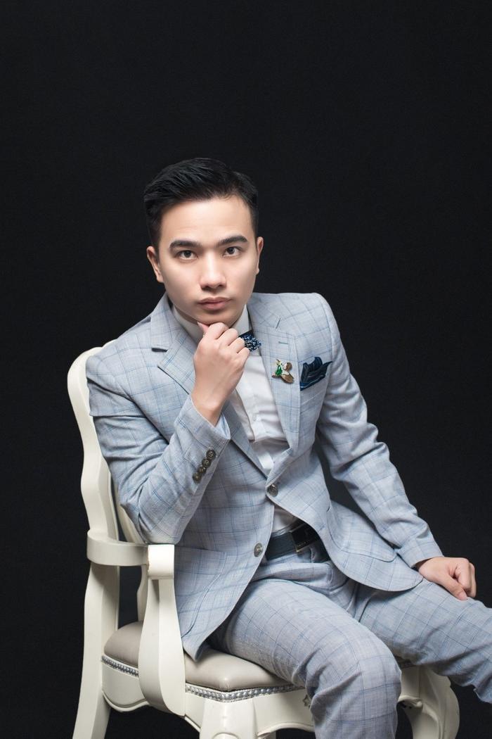 Vũ Tuấn Anh - 9x giúp loạt nghệ sĩ Việt nhận 'tick xanh' Facebook Ảnh 2