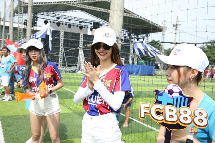 Siêu hùng tranh đấu – Bữa tiệc bóng đá, âm nhạc sôi động cho fan bóng đá Việt Nam