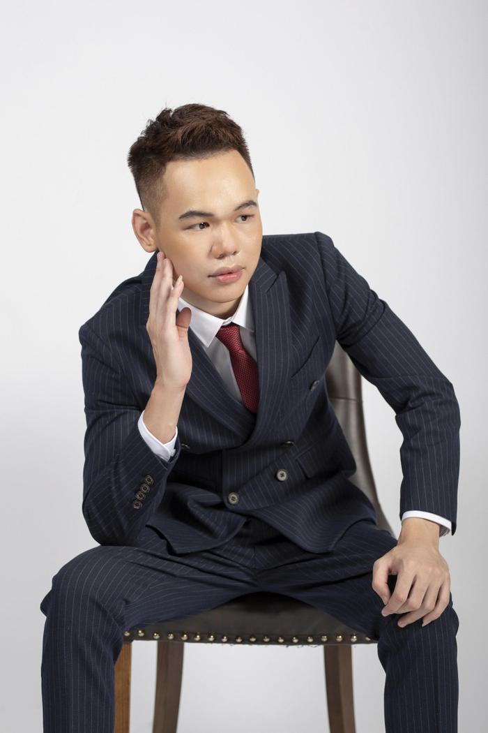 Chuyện chưa kể về Nguyễn Công Việt Anh- giám đốc eSports HQ Group: Từ tai nạn 'từ chối tử thần' đến nghị Ảnh 1