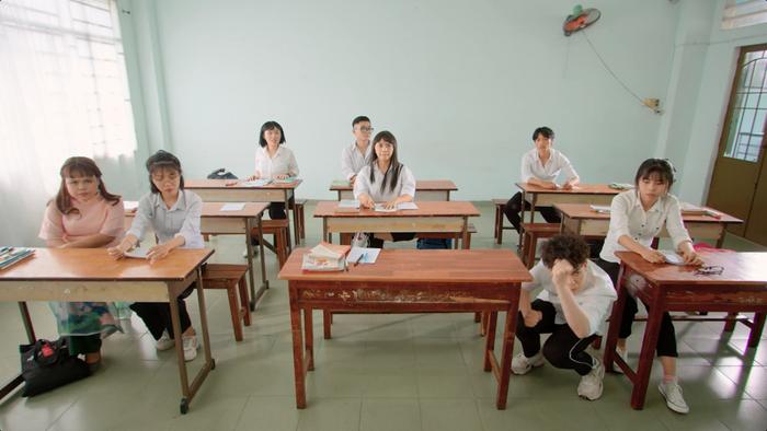 'Xoắn não' với Hải Triều trong Sitcom 'Chuyện trường, chuyện lớp' Ảnh 3