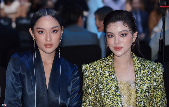 Hoa hậu Tiểu Vy và dàn mỹ nhân đọ vẻ gợi cảm trên thảm đỏ Ảnh 17