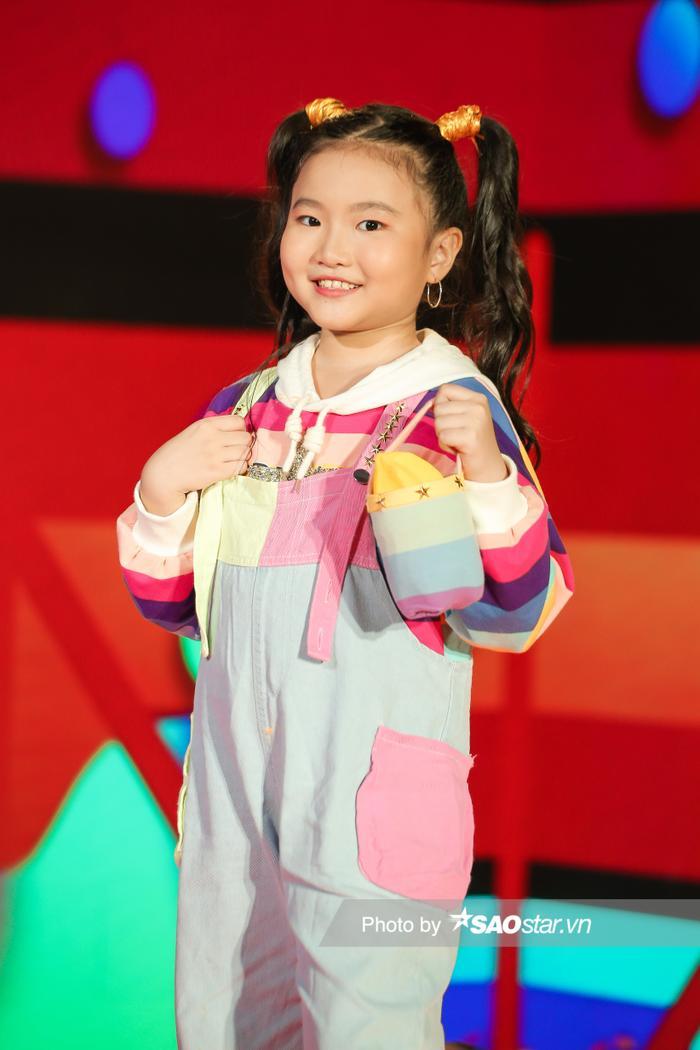 'Nhân tố triển vọng' Bảo Ngọc đội BigFamily đi diễn từ năm 3 tuổi, phủ sóng hàng loạt gameshow Ảnh 11