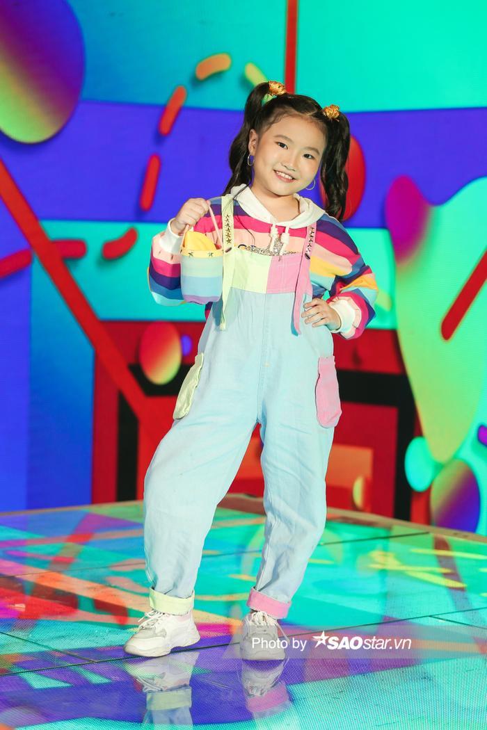 'Nhân tố triển vọng' Bảo Ngọc đội BigFamily đi diễn từ năm 3 tuổi, phủ sóng hàng loạt gameshow Ảnh 14
