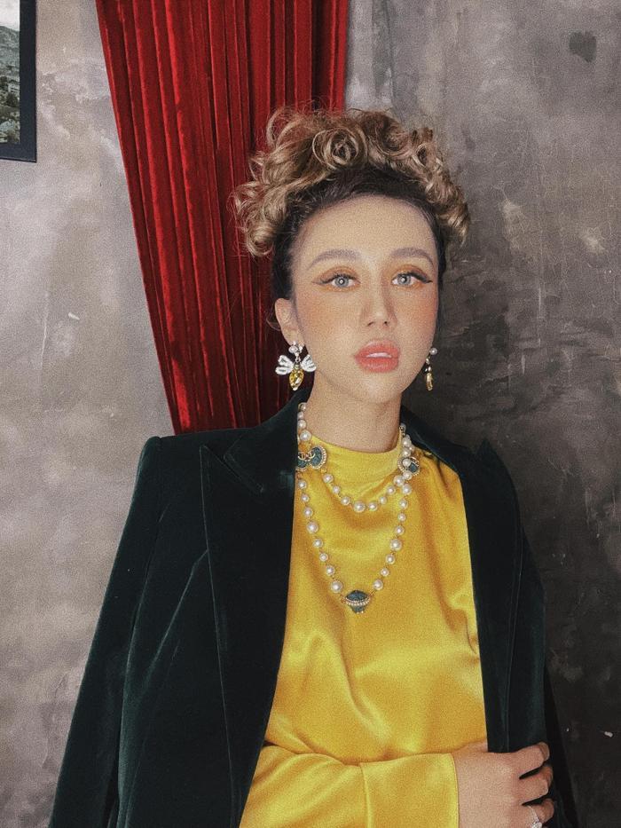 Fashion Influencer Vân Nhi: Từ cô gái nhỏ lớn lên cùng 'bụi vải' đến Hotmom 'mặc gì cũng đẹp' hướng dẫn phối đồ mà cả mấy chục nghìn người follow trên Tiktok! Ảnh 3