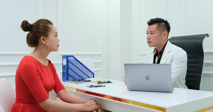 Bác sĩ Bùi Minh Việt và sứ mệnh gìn giữ tuổi xuân cho phụ nữ Việt Ảnh 4