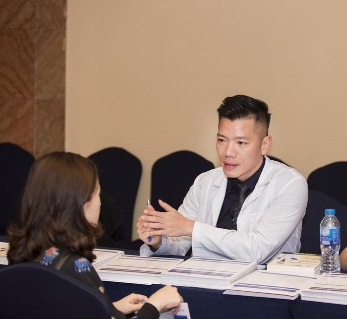 Bác sĩ Bùi Minh Việt và sứ mệnh gìn giữ tuổi xuân cho phụ nữ Việt Ảnh 5