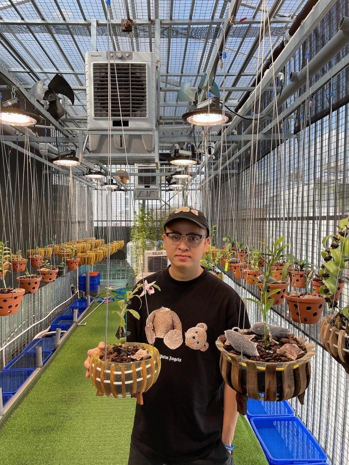 Nghệ nhân Nguyễn Quang Giang chia sẻ bí quyết trồng và chăm sóc hoa lan phát triển tốt Ảnh 1