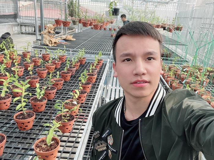 Nghệ nhân Vũ Đức chia sẻ những mẹo cần biết khi chăm sóc hoa lan Ảnh 4