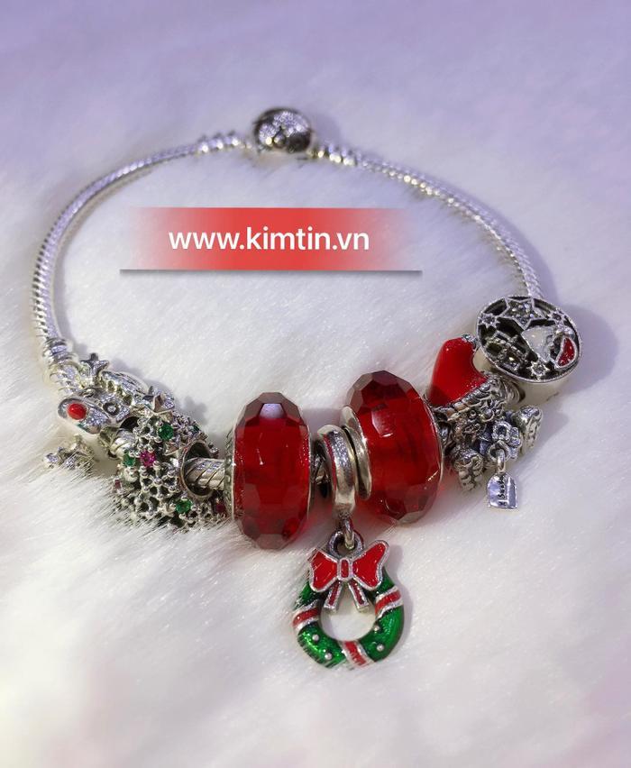 Tập đoàn vàng bạc đá quý Kim Tín: Mê mẩn với những mẫu trang sức độc đáo Ảnh 3