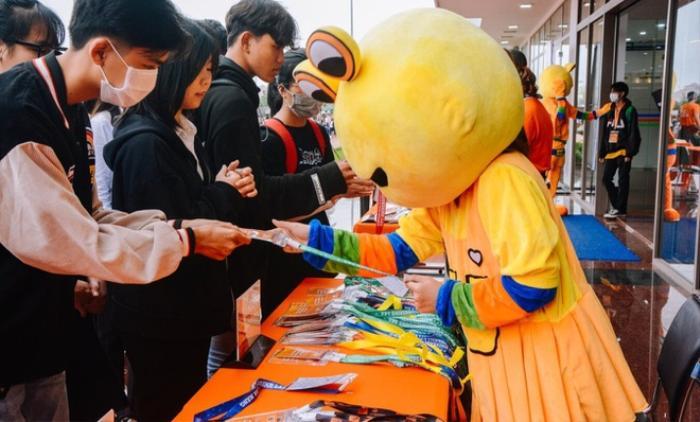 Có một trường ĐH, mỗi lần tổ chức sự kiện là hơn 50 CLB tham gia, mời được cả Sơn Tùng M-TP Ảnh 1