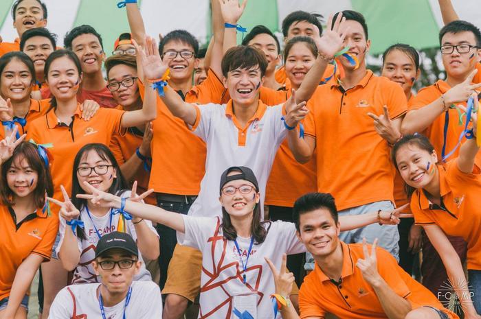 Có một trường ĐH, mỗi lần tổ chức sự kiện là hơn 50 CLB tham gia, mời được cả Sơn Tùng M-TP Ảnh 6