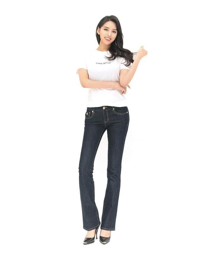 2021   MU   Korea   Kim Ji Soo Saostar-0w1ozu8dcz14bxwr